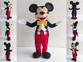 Meet and Greet Mickey Mouse by ToodlesTeam