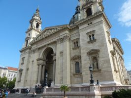 St. Stephen's Basilica, outside by setanta5