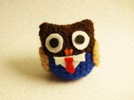 I made a 10th doctor inspired owl by LoopTeeLoops