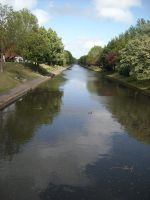 hythe canal by loobyloukitty