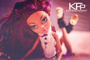 Clawdeen in bed by KhaosTheory455