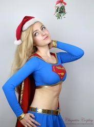 Supergirl Christmas by chiquitita-cosplay