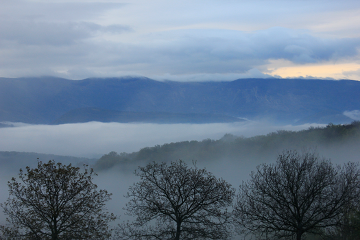 Fog in the mountains by jnspce
