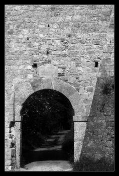The gate - walls encounter by Philla