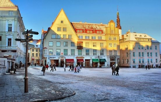 Winter in Tallinn by Pajunen