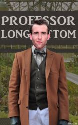 Professor Longbottom by nhu-dles
