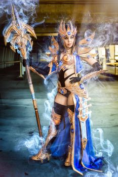 Blizzcon 2013 - Protoss Wizard cosplay by Kamui Co by MikeRollerson