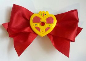 Sailor Moon Cosmic Compact Hair Clip by SarahsPlushNStuff