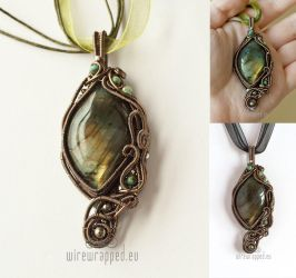 Ancient Forest pendant by ukapala