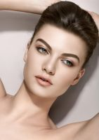 Beauty Retouch 5 by AMarfoog