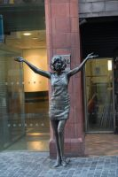 Famous Lady in bronze by ianwh