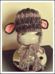 Baby lamb hat by Coccis