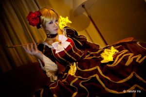 The Golden Witch by sakana