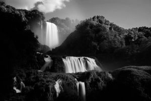 Marmore Falls by jimitux