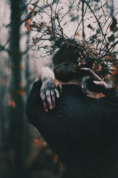 Crowned in the Fall by NataliaDrepina