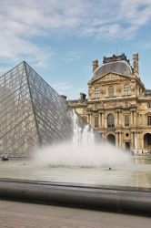 The Louvre by curlyq139