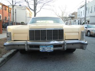 1976 Lincoln Continental by Brooklyn47