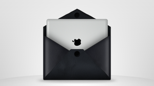 Leather envelope + iPad by Mc-Cabe