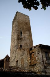 Torre - 1 by Sterminio
