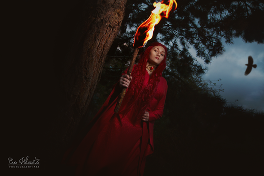 Melisandre cosplay - Torch by TynaCosplay