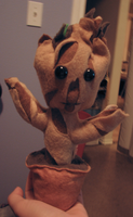 Plushie Potted Groot by Nomati