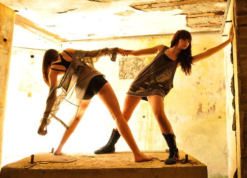 Shae and Taryn - gold 1 by wildplaces