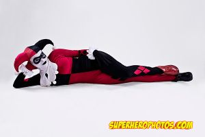 Bruce Timm Harley Quinn - Loungin' around by Enasni-V