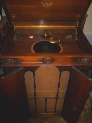 Victor Orthophonic Credenza Ready To Play by PRR8157