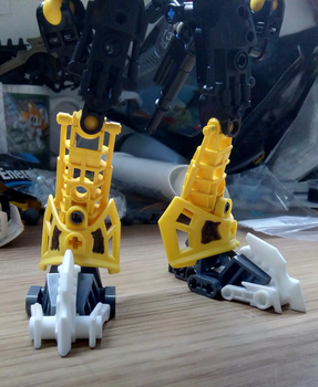 Toa Mata Clawed Feet Extensions by PunkDrunk-182 by Elphin-Zephyr