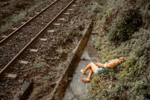 On the railroad (Conclusion) by aviFerra