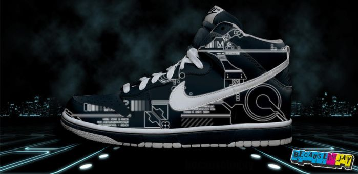 Tron Nike Dunks by becauseimjay