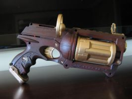 Steam Punk Revolver - pic 2 by Kiwa-Ku