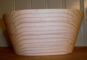 Another Scrollsaw Oval Bowl by Des804