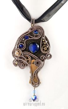 Cobalt glass eye pendant by ukapala