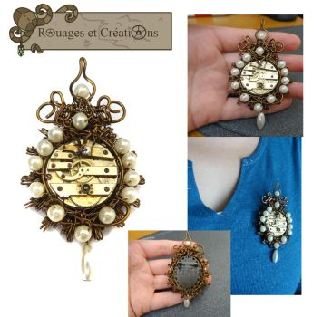 Steampunk baroque brooch by Rouages-et-Creations