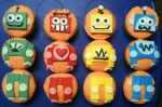 Retro Robot Cupcakes by theshaggyturtle