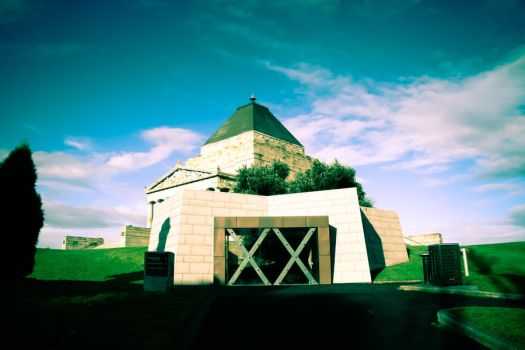 Shrine of Remembrance II by kries