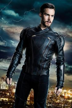 Official Look at Supergirl S3 Mon-El New Suit by Artlover67