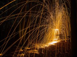 Wirewool Spinning (2) by Mincingyoda