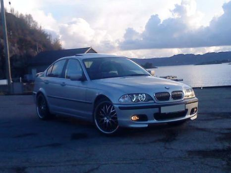 my Beemer E46 with new bumper by BMWlover88