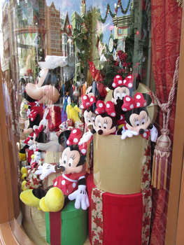 Minnie Toys by TheDreamFinder