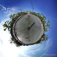 Orbiting -I amsterdam- by Graphica