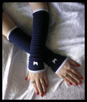 Sailor's Daughter Arm Warmers by ZenAndCoffee