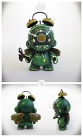 The Emerald Time Keeper - Custom Munny by Simanion