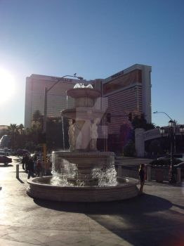 Fountain and Mirage by SinboundPhotography