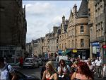Busy Edinburgh street by Lejonlurv