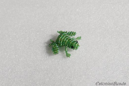 Beaded green frog by EstonianBeads