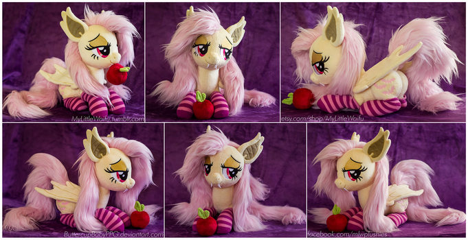 Laying Flutterbat Plush by ButtercupBabyPPG
