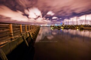 Life at the Docks by geolio