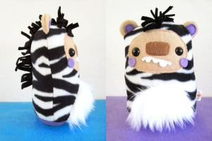 Finkus the Zebrabear by casscc